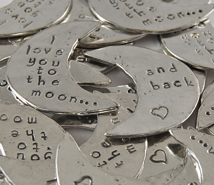 Moon Shaped - I love you to the moon... Sentiment Token